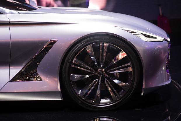 Infiniti Q80 Inspiration Concept: Paris Auto Show featured image large thumb9