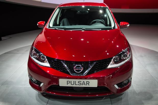 2015 Nissan Pulsar: Paris Auto Show
