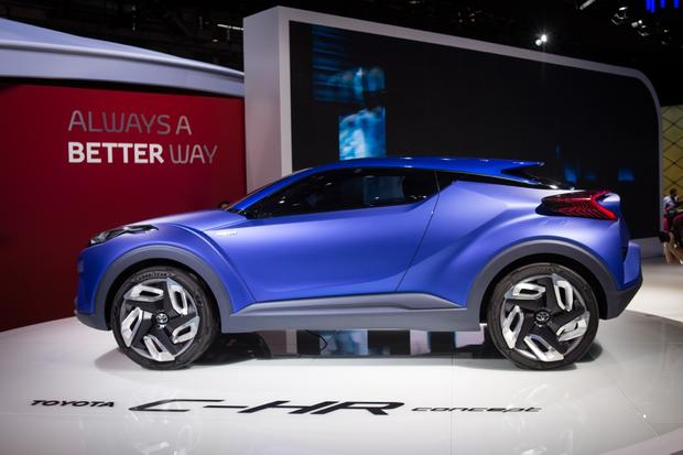 Toyota C-HR Concept: Paris Auto Show featured image large thumb0