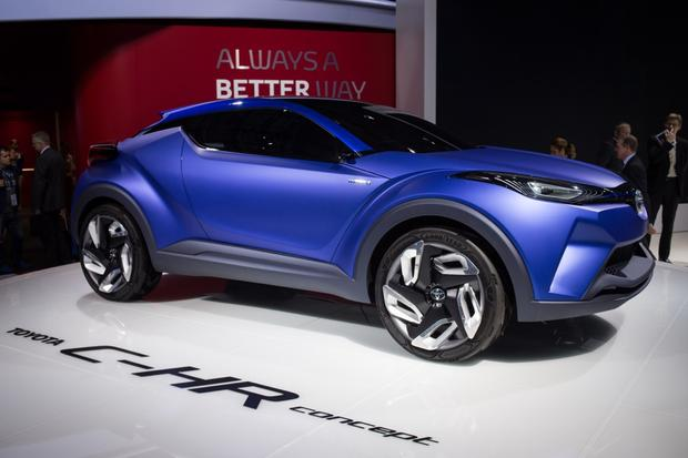 Toyota C-HR Concept: Paris Auto Show featured image large thumb1