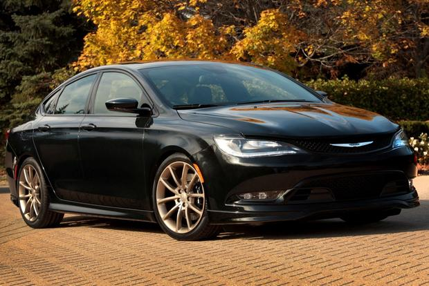 Chrysler 200S Mopar: SEMA Show featured image large thumb1