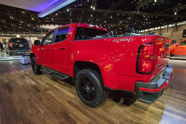 2015 Chevrolet Colorado GearOn Edition: Chicago Auto Show featured image large thumb2