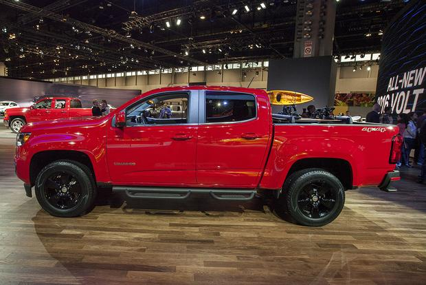 2015 Chevrolet Colorado GearOn Edition: Chicago Auto Show featured image large thumb3