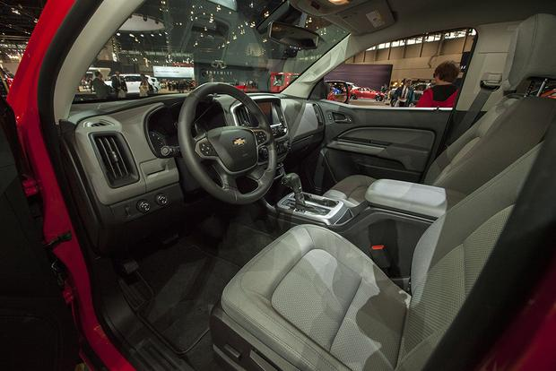 2015 Chevrolet Colorado GearOn Edition: Chicago Auto Show featured image large thumb7