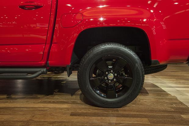 2015 Chevrolet Colorado GearOn Edition: Chicago Auto Show featured image large thumb10