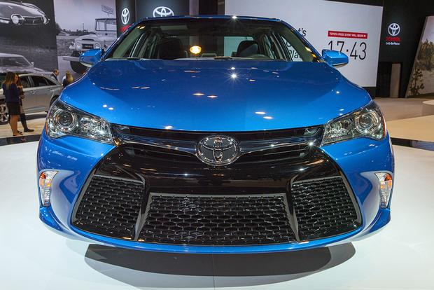 2016 toyota camry special edition chicago auto show. Black Bedroom Furniture Sets. Home Design Ideas