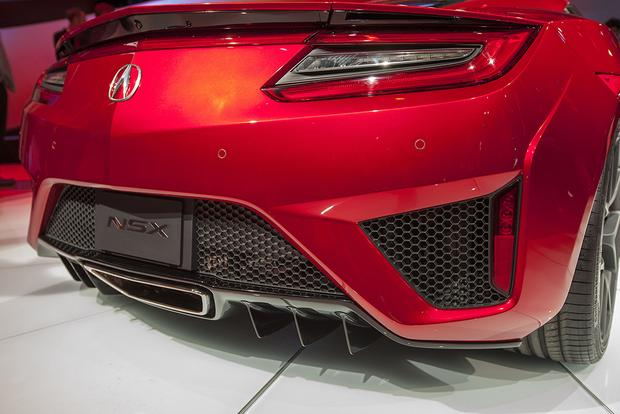 2016 Acura NSX: Detroit Auto Show featured image large thumb6