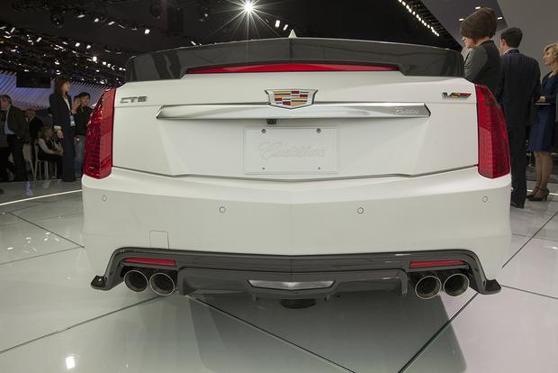2016 Cadillac CTS-V: Detroit Auto Show featured image large thumb3
