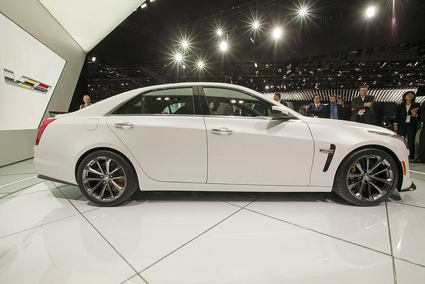 2016 Cadillac CTS-V: Detroit Auto Show featured image large thumb6
