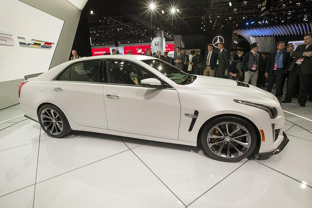 2016 Cadillac CTS-V: Detroit Auto Show featured image large thumb7