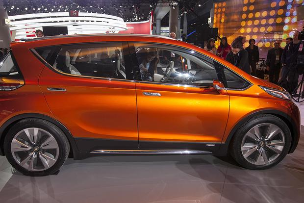 Chevrolet Bolt Concept: Detroit Auto Show featured image large thumb5