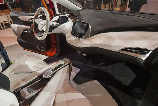 Chevrolet Bolt Concept: Detroit Auto Show featured image large thumb8