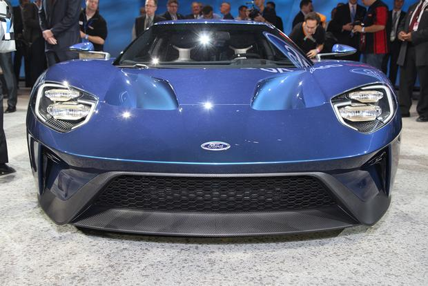 Ford GT: Detroit Auto Show featured image large thumb3