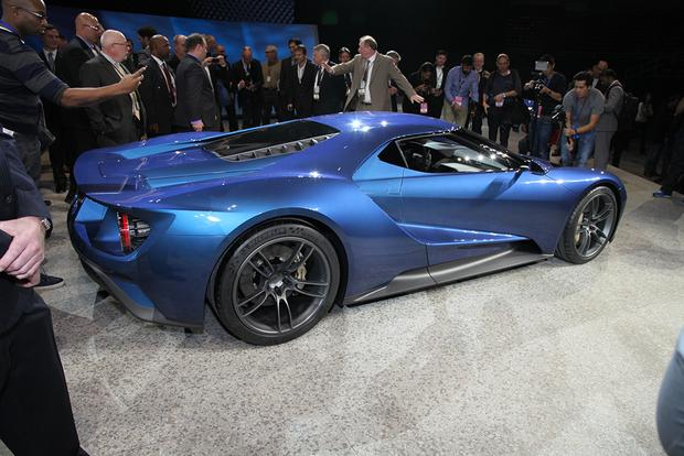 Ford GT: Detroit Auto Show featured image large thumb9