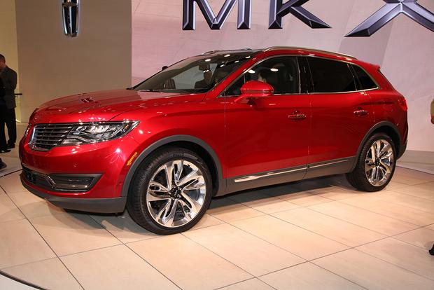 2016 Lincoln MKX: Detroit Auto Show featured image large thumb1