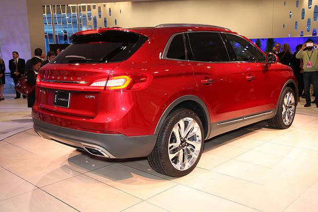 2016 Lincoln MKX: Detroit Auto Show featured image large thumb6