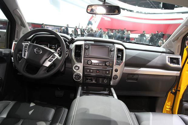 2016 Nissan Titan XD: Detroit Auto Show featured image large thumb4