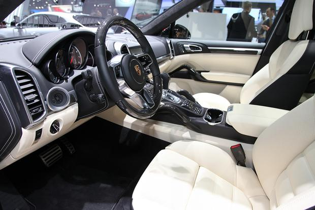 2016 Porsche Cayenne Turbo S: Detroit Auto Show featured image large thumb3