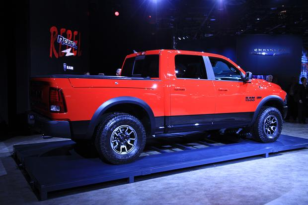 2015 ram 1500 rebel detroit auto show. Black Bedroom Furniture Sets. Home Design Ideas