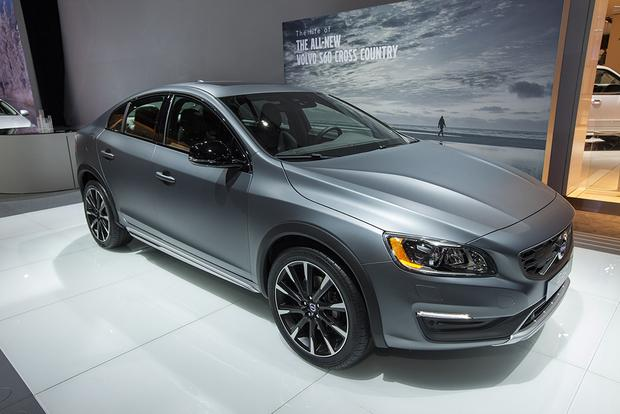 2016 Volvo S60 Cross Country: Detroit Auto Show featured image large thumb0