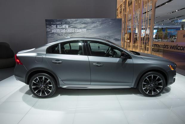 2016 Volvo S60 Cross Country: Detroit Auto Show featured image large thumb1