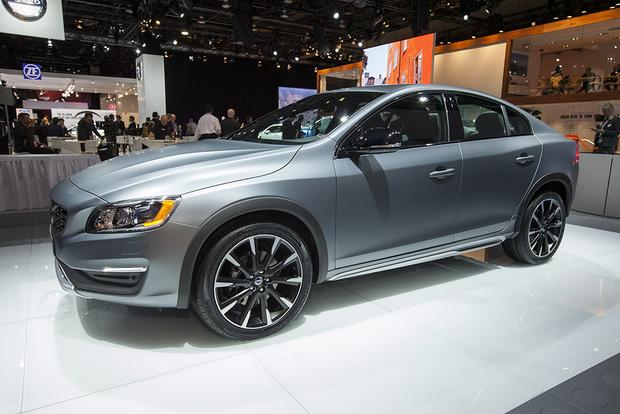 2016 Volvo S60 Cross Country: Detroit Auto Show featured image large thumb3