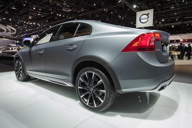 2016 Volvo S60 Cross Country: Detroit Auto Show featured image large thumb5