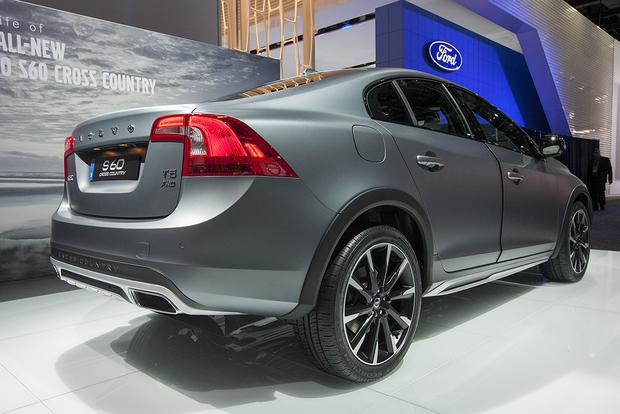 2016 Volvo S60 Cross Country: Detroit Auto Show featured image large thumb7