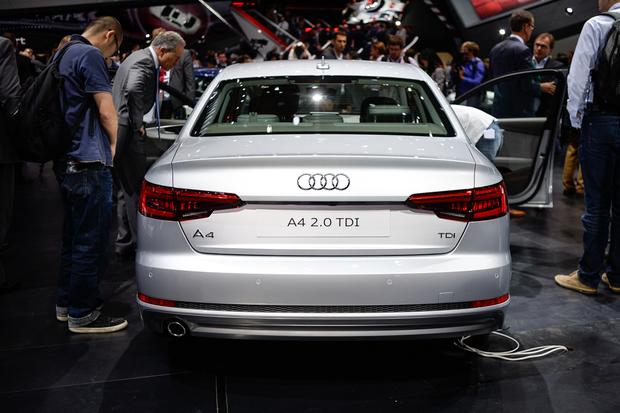 2017 Audi A4 and S4: Frankfurt Auto Show featured image large thumb2