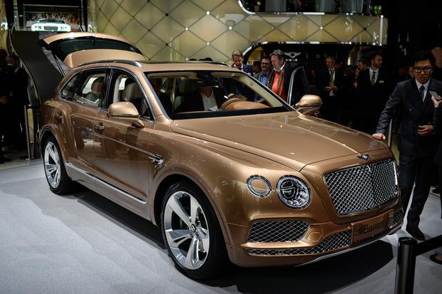 2017 Bentley Bentayga: Frankfurt Auto Show