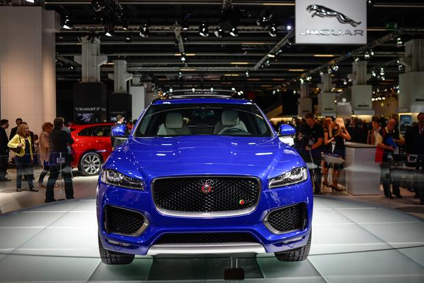 2017 Jaguar F-Pace: Frankfurt Auto Show featured image large thumb2