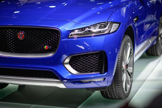 2017 Jaguar F-Pace: Frankfurt Auto Show featured image large thumb7