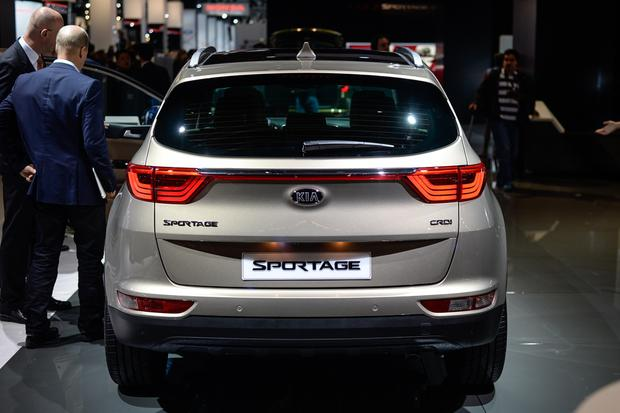 2017 Kia Sportage: Frankfurt Auto Show featured image large thumb9