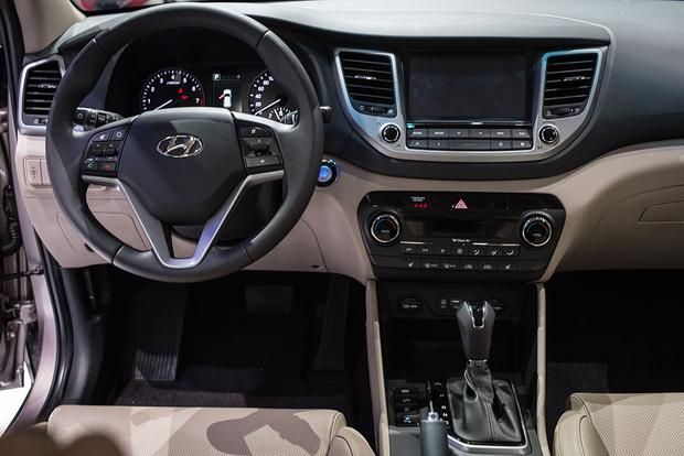 2016 Hyundai Tucson: Geneva Auto Show featured image large thumb9