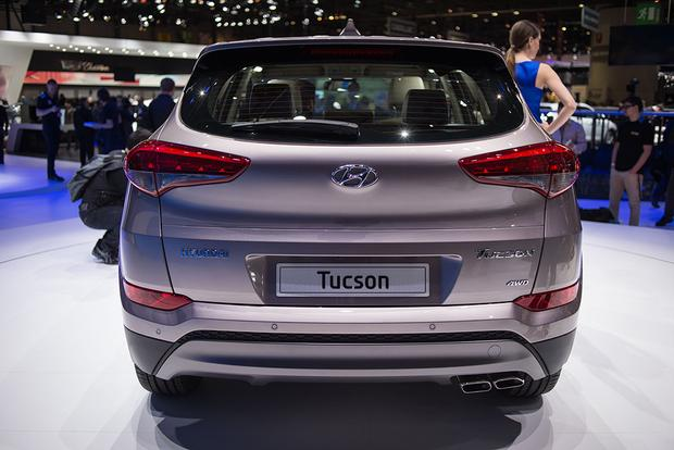 2016 Hyundai Tucson: Geneva Auto Show featured image large thumb2