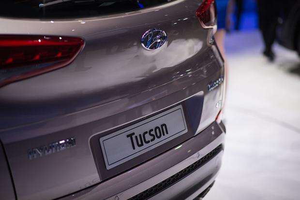 2016 Hyundai Tucson: Geneva Auto Show featured image large thumb8