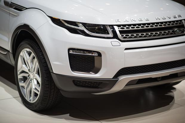 2016 Land Rover Range Rover Evoque: Geneva Auto Show featured image large thumb4