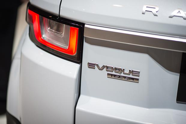 2016 Land Rover Range Rover Evoque: Geneva Auto Show featured image large thumb8