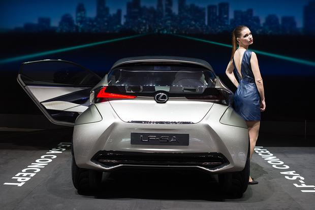 Lexus LF-SA: Geneva Auto Show featured image large thumb2