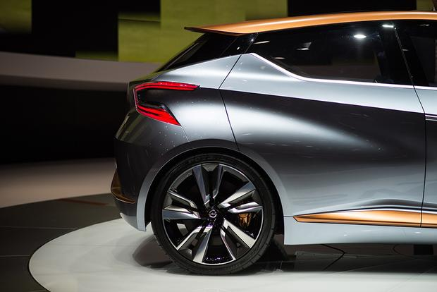 Nissan Sway Concept: Geneva Auto Show featured image large thumb9
