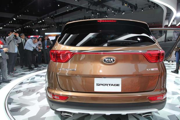 2017 Kia Sportage: LA Auto Show featured image large thumb3