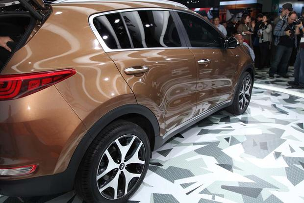 2017 Kia Sportage: LA Auto Show featured image large thumb5