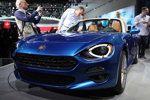 2017 FIAT 124 Spider: LA Auto Show featured image large thumb1