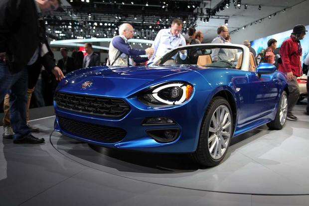 2017 FIAT 124 Spider: LA Auto Show featured image large thumb2