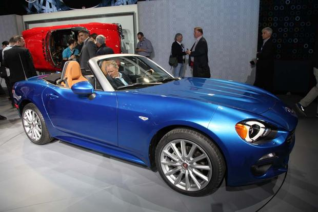 2017 FIAT 124 Spider: LA Auto Show featured image large thumb6