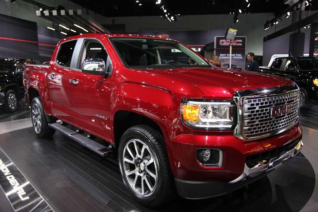2017 GMC Canyon Denali and 2016 GMC Sierra Denali Ultimate: LA Auto Show featured image large thumb1