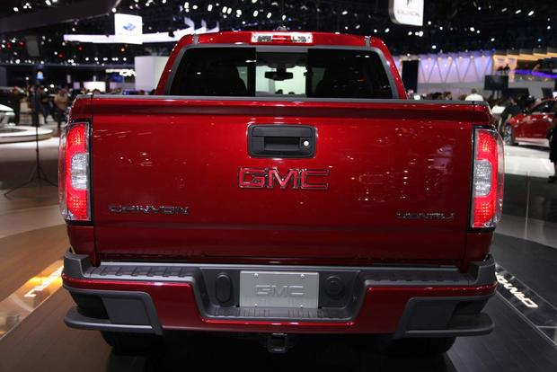 2017 GMC Canyon Denali and 2016 GMC Sierra Denali Ultimate: LA Auto Show featured image large thumb5