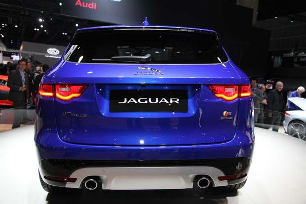 2017 Jaguar F-PACE and XE: LA Auto Show featured image large thumb2