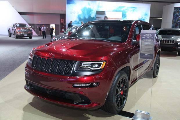 2016 Jeep Grand Cherokee SRT Night: LA Auto Show featured image large thumb1