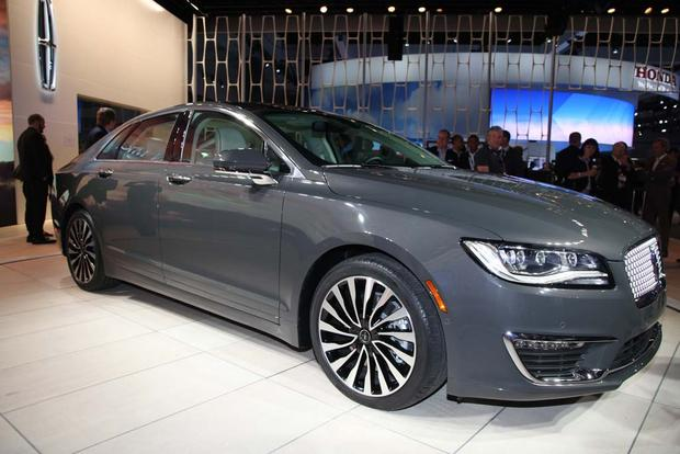 2017 Lincoln MKZ: LA Auto Show featured image large thumb4